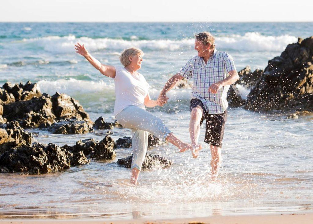 Retirees enjoying a budget friendly vacation